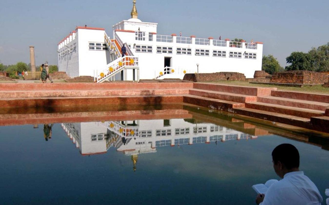 Kathmandu, Chitwan, Lumbini and Pokhara Tour