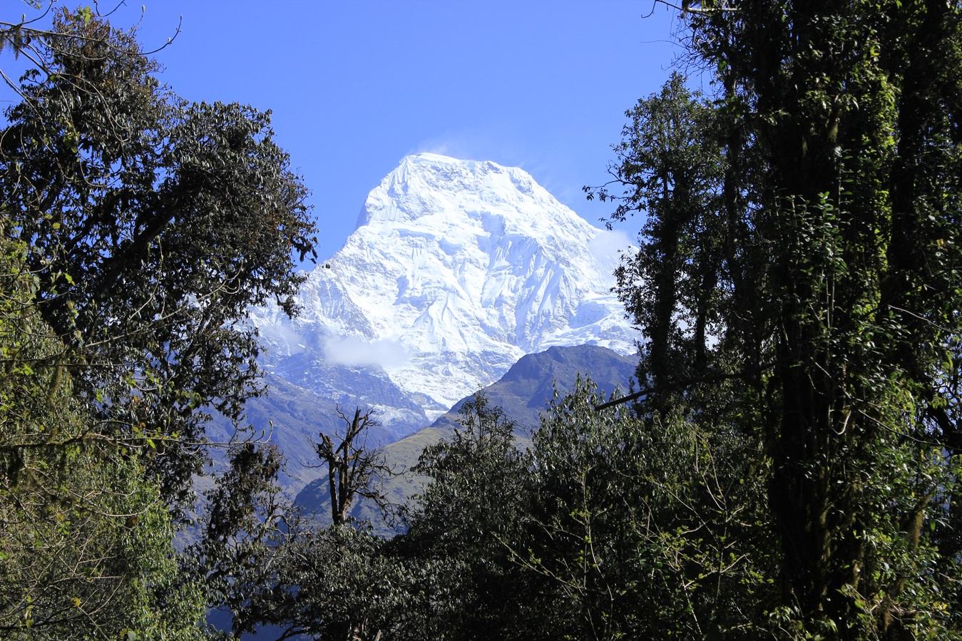 Lamjung Himal Base Camp Trek