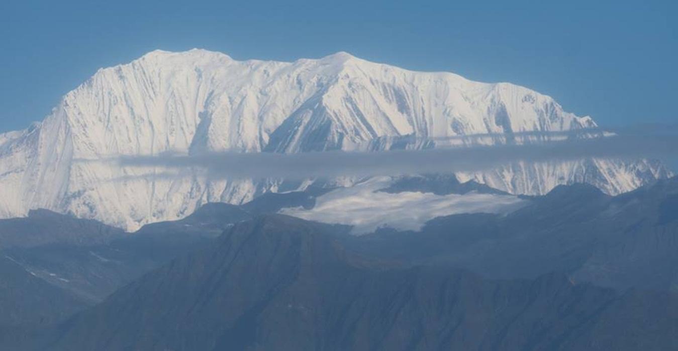 Mount Lhakpa-Ri Peak Climbing